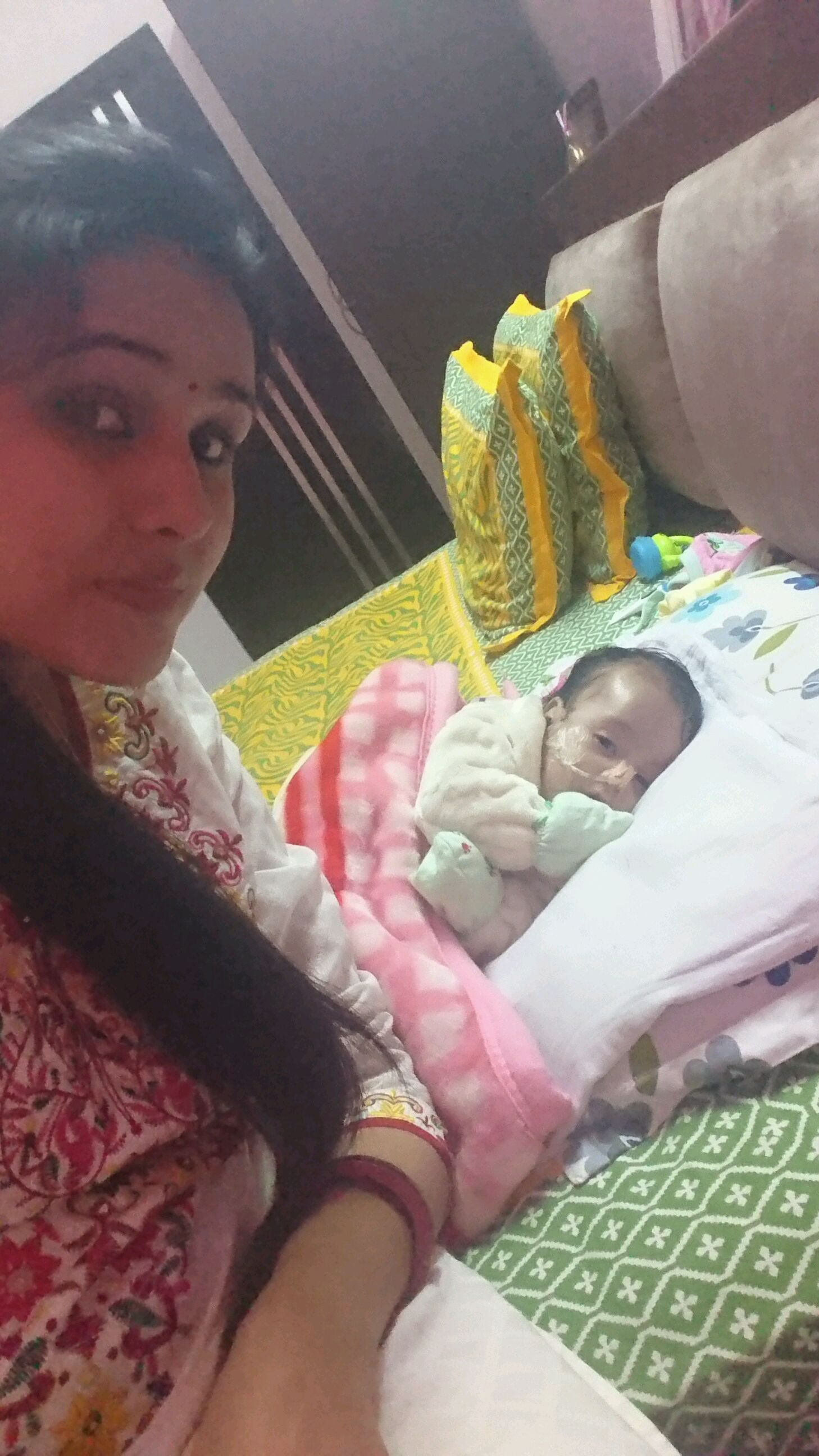 Hi, I m having 4 month old baby girl  She is a happy baby
